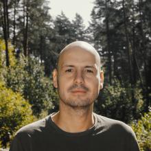 Γιάννης Παλαβός (Από το Βελβεντό Κοζάνης) – «Το Παιδί»: Δώδεκα μικρές ιστορίες, σαν ζώα του δάσους γυμνασμένες – Δώδεκα διηγήματα, ιστορίες ανεπιτήδευτες κι αυθεντικές