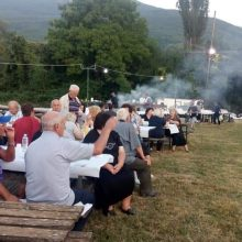 kozan.gr: Πραγματοποιήθηκε και φέτος, το βράδυ του Σαββάτου 10 Αυγούστου, στο Σισάνι Βοΐου, η καθιερωμένη «Γιορτή Φασολιού» (Φωτογραφίες)