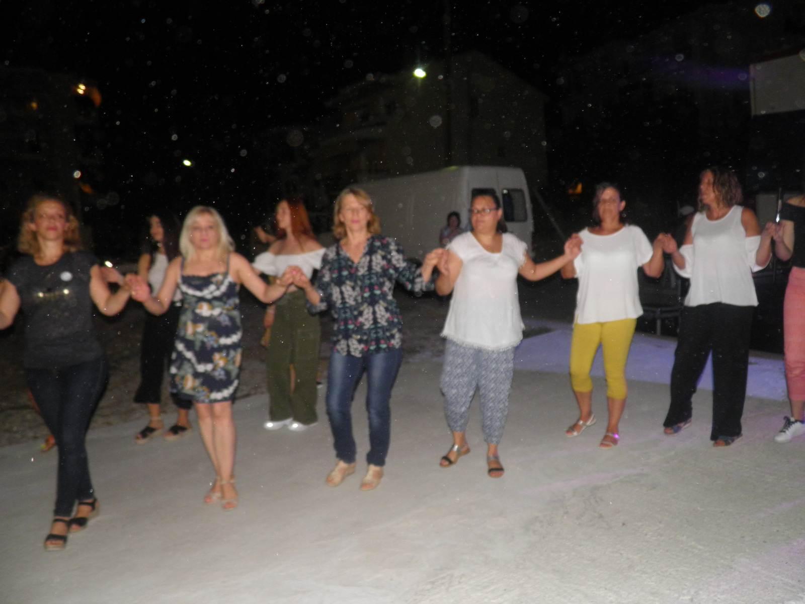 kozan.gr: Κοζάνη: Ξεκίνησαν, το βράδυ της Πέμπτης 22/8, οι πολιτιστικές εκδηλώσεις που διοργανώνει ο Πολιτιστικός Σύλλογος «Πλατάνια» (Βίντεο & Φωτογραφίες)
