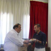 Ο απερχόμενος δήμαρχος Καστοριάς κ. Ανέστης Αγγελής υποδέχθηκε στο γραφείο του το νέο Δήμαρχο κ. Γιάννη Κορεντσίδη