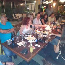 """Συνέφαγαν και συζήτησαν, το βράδυ της Παρασκευής 6/9, μέλη και φίλοι του συνδυασμού """"Μπροστά για την Εορδαία"""" του Γ. Καραβασίλη (Φωτογραφίες)"""