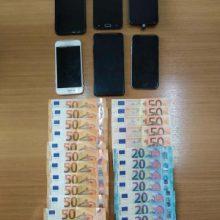Συνελήφθη 30χρονος αλλοδαπός, σε περιοχή της Καστοριάς, για μεταφορά και διευκόλυνση παράνομης εξόδου από την ελληνική επικράτεια 5 αλλοδαπών (Φωτογραφίες)