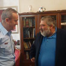 kozan.gr: Τον Δήμαρχο Εορδαίας Π. Πλακεντά και τον Δήμαρχο Κοζάνης Λ. Μαλούτα επισκέφτηκε την Τρίτη 17/9 ο Αστυνομικός Διευθυντής Κοζάνης Σ. Διόγκαρης (Βίντεο & Φωτογραφίες)