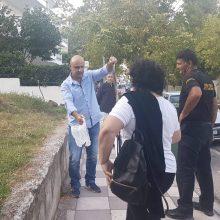 kozan.gr: Κοζάνη: Φίδι σε πεζοδρόμιο επί της Οδού Δημοκρατίας (λίγο πιο πάνω από την Π.Ε. Κοζάνης) προκάλεσε αναστάτωση στους περιστατικούς – Πολίτης το περισυνέλεξε, χωρίς να το τραυματίσει και το απελευθέρωσε σε δασική περιοχή στον Ξενία Κοζάνης (Βίντεο & Φωτογραφία)