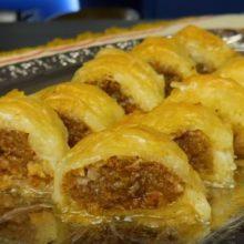 Tο foodaholics.gr προτείνει Παραδοσιακό Γιαννιώτικο σιροπιαστό κλωστάρι