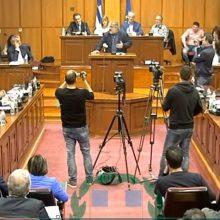 kozan.gr: Η ομιλία του Δημάρχου Εορδαίας, Παναγιώτη Πλακεντά, στο Π.Σ. Δυτικής Μακεδονίας, με αφορμή τη δήλωση του Πρωθυπουργού για πλήρη απεξάρτηση της χώρας από το λιγνίτη μέχρι το 2028:: «Γιατί 22 χρόνια νωρίτερα; Είναι κομβικό το ερώτημα, γιατί το 2028; Εύχομαι τα Χριστούγεννα, που η κυβέρνηση θα είναι έτοιμη να παρουσιάσει το master plan, να είναι κάτι που θα αξίζει και θα δίνει πνοή στην περιοχή, διότι θα προσπαθούμε με κραυγές αγωνίας να περιγράψουμε τι θα συμβεί στην περιοχή. » (Bίντεο)
