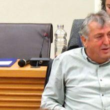 "kozan.gr: Κ. Μιχαηλίδης στη συνεδρίαση του Δημοτικού Συμβουλίου Kοζάνης για τις ενεργειακές εξελίξεις: ""Γίνεται μια μετάβαση βίαιη κι απότομη. Aυτό που συμβαίνει είναι ξαφνικός θάνατος. Εμάς μας βρίσκει κάθετα αντίθετους η στάση του Πρωθυπουργού και γνωρίζετε πάρα πολύ καλά ότι είμαι ένας από αυτούς που στήριξα αυτόν τον Πρωθυπουργό, αλλά δεν θα μας εμποδίσει τίποτα να είμαστε ενάντια και στην πρώτη γραμμή του αγώνα που θα συναποφασίσουμε"" (Βίντεο)"
