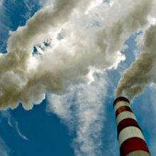 """Νέα ανάσα για τη ΔΕΗ, πέφτουν οι τιμές των ρύπων – Επιτυχημένο κρίνεται το """"hedging"""" μέχρι στιγμής"""