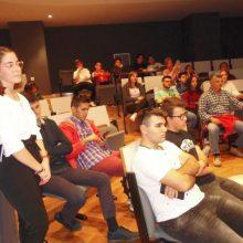 kozan.gr: Με επιτυχία πραγματοποιήθηκε το βράδυ της Παρασκευής 25/10 η εκδήλωση «Ασκήσεις Δημοκρατίας» που διοργάνωσαν οι  μαθητές του 1ου ΓΕΛ Κοζάνης (Φωτογραφίες & Βίντεο)