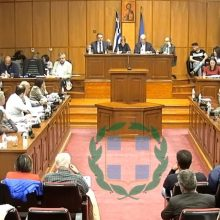"kozan.gr: Η πρόταση της Περιφερειακής Αρχής για κατασκευή σήραγγας στη θέση Περβάλι (Πρέσπες) ""πυροδότησε"" τη συζήτηση στο Π.Σ. Δ. Μακεδονίας, με ενστάσεις από το συνδυασμό ""Ελπίδα"" της Γ. Ζεμπιλιάδου – Αντιπαραθέσεις & διαμάχες – και πάλι – για το έργο της σήραγγας της Κλεισούρας – Η απάντηση, σε υψηλούς τόνους, του Γ. Κασαπίδη κι η αντιπαράθεση με τον Γ. Στρατάκη (Βίντεο)"