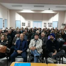 kozan.gr: 130 φωτογραφίες, παλιές, της Λευκοπηγής, από τη δεκαετία του '50 και μετά, προβλήθηκαν σε εκδήλωση με θέμα «Λευκοπηγή του άλλοτε», που πραγματοποιήθηκε το Σάββατο 2 Νοεμβρίου στο Πνευματικό κέντρο του χωριού