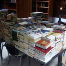 Πολλά βιβλία για τη βιβλιοθήκη της Ευξείνου Λέσχης Κοζάνης (Δελτίο τύπου)