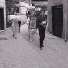 «Σιάτιστα: Ένας γάμος από παλιά»: Στο κανάλι της Βουλής η βραβευμένη ταινία του 1ου Δημoτικού Σχολείου Σιάτιστας