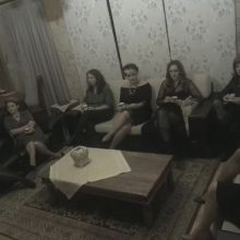 """Το spot της θεατρικής παράστασης """"8 Γυναίκες κατηγορούνται"""" από τη θεατρική ομάδα ΟνειρόDrama"""