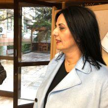 kozan.gr: Η περιφερειακή σύμβουλος, της αντιπολίτευσης, Μ. Καρυπίδου σχολιάζει το επεισόδιο έντασης στην Οικονομική Επιτροπή της Περιφέρειας Δ. Μακεδονίας, μεταξύ της ιδίας και της επιστημονικής συνεργάτιδος του Περιφερειάρχη, Ελένης (Λιάνας) Μπήινα (Βίντεο)