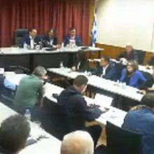 "kozan.gr: Ο Αλέξης Τσίπρας συνεχάρη τον Δήμαρχο X. Eλευθερίου και το Δημοτικό Συμβούλιο Σερβίων για τη στάση τους στο προσφυγικό και τη ομόφωνη απόφαση για τη φιλοξενία προσφύγων – Επανέλαβε τις ήδη γνωστές θέσεις του για την απολιγνιτοποίηση, σημειώνοντας χαρακτηριστικά: ""Πολύ φοβάμαι ότι η δήλωση του πρωθυπουργού, από το βήμα του ΟΗΕ, για το 2028, ήταν μια δήλωση στον ""αέρα"" – Η κοινωνία πρέπει να έχει πρωταγωνιστικό ρόλο την επόμενη μέρα"" (Βίντεο – Όλη η ομιλία του Α. Τσίπρα)"