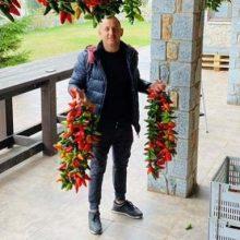 Πέτρος Ναουμίδης: Τροφοδοτεί τις γκουρμέ αγορές με αυθεντικές πιπεριές Φλωρίνης