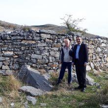 Στα πέτρινα αλώνια της μαρτυρικής Ερμακιάς του Δήμου Εορδαίας βρέθηκε, το πρωί του Σαββάτου 16/11, ο Περιφερειάρχης Δ. Μακεδονίας Γ. Κασαπίδης