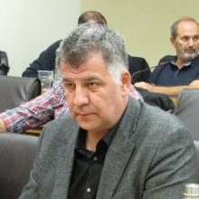 "kozan.gr: ""Καρφί"" Σημανδράκου για το πρώην Περιφερειάρχη Θ. Καρυπίδη, μετά την ενημέρωση του Δημάρχου Κοζάνης Λ. Μαλούτα ότι δεν έχει προβλεφθεί 2ος σταθμός αποσυμπίεσης φυσικού αερίου στον Περδίκκα: ""Πολλοί αυτοδιοικητικοί είχαν ""πάει"" προεκλογικά με αυτό ως δεδομένο"" (Βίντεο) """