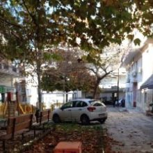 Σχόλιο αναγνώστριας στο kozan.gr για παράνομο παρκάρισμα στην Πλατεία  Εθνικής Αντίστασης στην Κοζάνη (Φωτογραφίες)