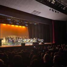 kozan.gr:  H Κοζάνη έγινε μια αγκαλιά για καλό σκοπό – Ζεστό χειροκρότημα του κόσμου, το βράδυ της Παρασκευής 29/11, στην 6η συναυλία αγάπης (Φωτογραφίες & Βίντεο)