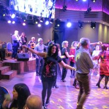 "kozan.gr: Κοζάνη: Πολύ κέφι στον ετήσιο χορό του συλλόγου ""Φίλοι της Παράδοσης"", που πραγματοποιήθηκε το βράδυ του Σαββάτου  30 Νοεμβρίου (40 Φωτογραφίες & Βίντεο 8′)"