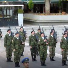 kozan.gr: 1/12: Η σημερινή, τελετή έπαρσης της Σημαίας, από την παγωμένη κεντρική πλατεία Κοζάνης (Βίντεο)