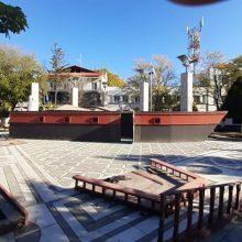 kozan.gr: Πτολεμαίδα: To μεγαλύτερο Χριστουγεννιάτικο καράβι άρχισε να στήνεται, σιγά – σιγά, στην κεντρική πλατεία της πόλης (Φωτογραφία)