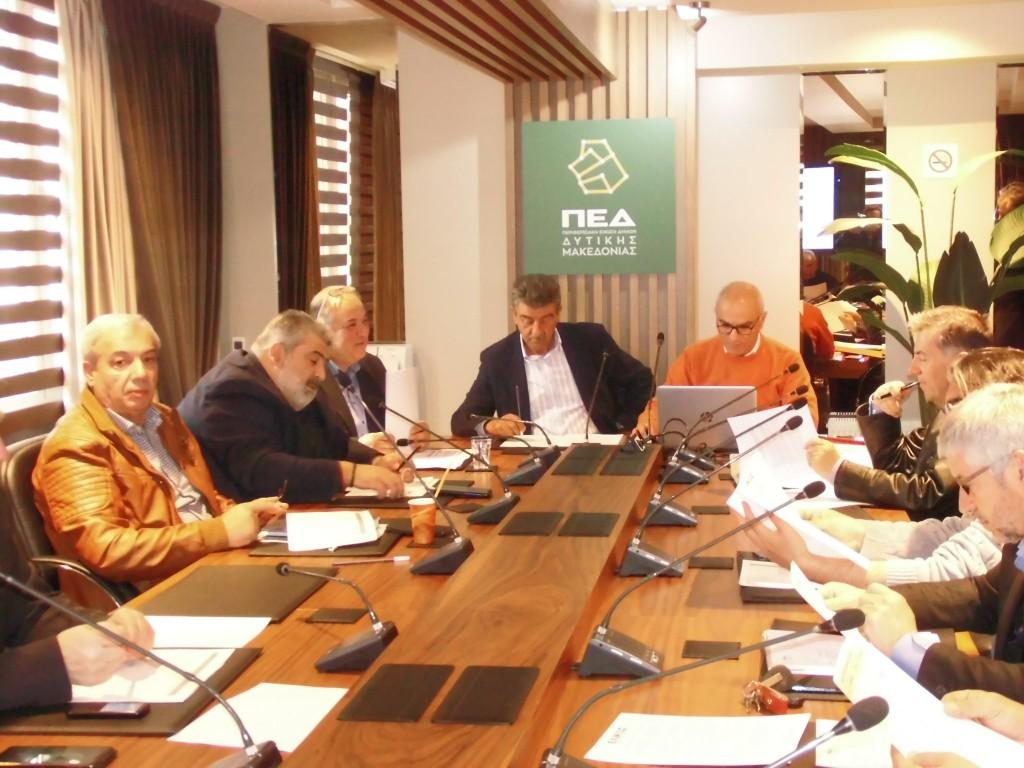 kozan.gr: Την προμήθεια σπαστών – πτυσσόμενων κρεβατιών (ράντζων) και την αποστολή τους στην Αλβανία αναλαμβάνει η ΠΕΔ Δ. Μακεδονίας