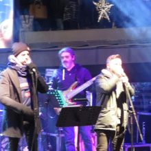 kozan.gr: Γέμισε κόσμο η κεντρική πλατεία της Κοζάνης για τη συναυλία των Βαρδή  & Λιανού (Βίντεο)