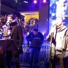 kozan.gr: Koζάνη: 12 λεπτά βίντεο, σε HD ανάλυση, με κοντινά πλάνα και στον κόσμο, από τη συναυλία του Γιάννη Βαρδή & του Γιώργου Λιανού, το βράδυ της Πέμπτης 5/12, στην κεντρική πλατεία της πόλης (Βίντεο)