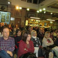 kozan.gr: Το βιβλίο της Ολυμπίας Τσικαρδάνη «Τοπία της στοργής, Μικρές Ιστορίες» παρουσιάστηκε, το απόγευμα του Σαββάτου 7 Δεκεμβρίου,  στο Λαογραφικό Μουσείο Κοζάνης (Φωτογραφίες & Βίντεο)