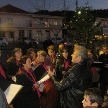 kozan.gr: Με πυροτεχνήματα και χριστουγεννιάτικες μελωδίες φωταγωγήθηκε το Χριστουγεννιάτικο Δέντρο στο Δρέπανο Κοζάνης, το απόγευμα της Κυριακής 8/12 (Φωτογραφίες & Βίντεο)