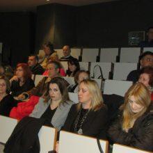 kozan.gr: Η παρουσίαση του βιβλίου «Ρετούς. Το τρυφερό χάδι του ψέματος» της Λένας Καλαϊτζή -Οφλίδη και του Σίμου Οφλίδη, πραγματοποιήθηκε το απόγευμα της Δευτέρας 9/12, στη Δημοτική Βιβλιοθήκη Κοζάνης (Φωτογραφίες & Βίντεο)