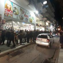 """kozan.gr: Ώρα 21:30: Η """"κίνηση"""" στους δρόμους και τα μαγαζιά της Πτολεμαΐδας, κατά τη διάρκεια της Λευκής Νύχτας (9/12) (Βίντεο)"""