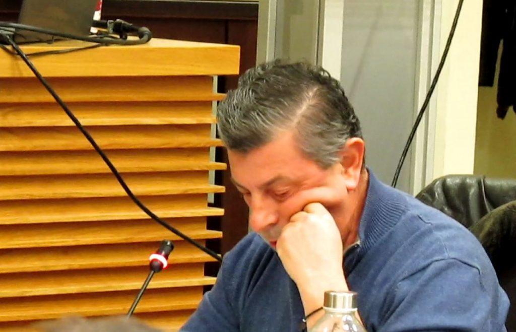 """O Γρηγόρης Τζουμερκιώτης περιγράφει, στο kozan.gr, με λεπτομέρειες, την τραυματική εμπειρία που βίωσε μετά από επίθεση δεσποζόμενου σκύλου: """"Ήταν τρομακτικό. Με δάγκωσε βαθιά. Πολύ βαθιά"""""""