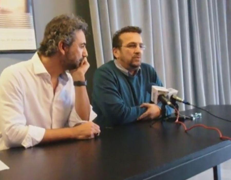 kozan.gr: O Πρόεδρος του ΔΗΠΕΘΕ Κοζάνης Ν. Κέφαλος αρνήθηκε να υπογράψει τις συμβάσεις τριών καλλιτεχνικών συντελεστών της παράστασης «Τριαντάφυλλο στο στήθος» που δεν συμπεριλαμβάνονται στον προϋπολογισμό της – Αντίθετα οι 3 συγκεκριμένοι εμφανίζονται στον προϋπολογισμό της παραγωγής της εφηβικής σκηνής «Εφηβικό Μανιφέστο»
