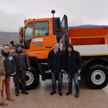 Παραλήφθηκε σήμερα από το δήμο Bοίου το νέο όχημα τύπου Unimog εξοπλισμένο με αλατοδιανομέα και λεπίδα