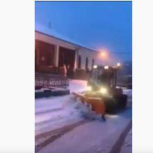 kozan.gr: Στη Βλάστη Εορδαίας βγήκαν τα εκχιονιστικά για να καθαρίσουν τους δρόμους του χωριού (Βίντεο)