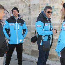 kozan.gr: Κοζάνη: Eκπρόσωποι του Χιονοδρομικού Ορειβατικού Συλλόγου Γρεβενών, βρέθηκαν, το πρωί της Κυριακής 15/12, στην κεντρική πλατεία, κι ενημέρωσαν τους πολίτες για τις χειμερινές δράσεις του συλλόγου (Βίντεο & Φωτογραφίες)