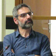 "kozan.gr: Χύτρα ειδήσεων: Λ. Ιωαννίδης σε K. Κυριακίδη, στην χθεσινή συνεδρίαση του Δ.Σ. Κοζάνης: ""Διαστρέβλωσες την αλήθεια. Εκτίθεσαι!"""