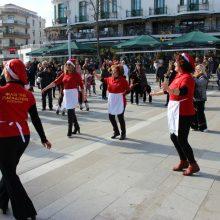 kozan.gr: Kεντρική Πλατεία Κοζάνης: Χόρεψαν και γεύτηκαν τα παραδοσιακά Κοζανίτικα γιαπράκια (84 Φωτογραφίες & Bίντεο 7′ σε HD ποιότητα)