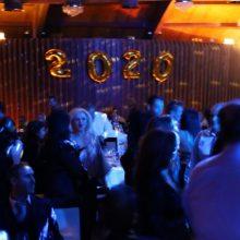 kozan.gr: Κοζάνη: Ξημέρωμα Πρωτοχρονιάς στο Event Plaza, σ' ένα πάρτι με πολύ κέφι και μουσικές από τις δεκαετίες 70, 80 & 90 (Βίντεο 7′ & Φωτογραφίες)