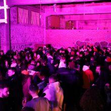 "kozan.gr:  Mε ήχους ηλεκτρονικής μουσικής – κι όχι μόνο – διασκέδασε η νεολαία,  στην αποθήκη του ΟΣΕ Κοζάνης, το βράδυ της Κυριακής 5/1, στο πλαίσιο του 6ου ""Σχεδίου Χ"" πάρτι (Βίντεο & Φωτογραφίες)"