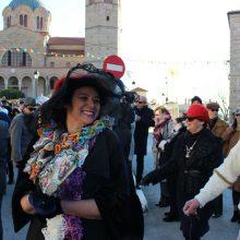 kozan.gr: Σιάτιστα: 150 φωτογραφίες από τη σημερινή παρέλαση  για τα «Μπουμπουσιάρια 2020»