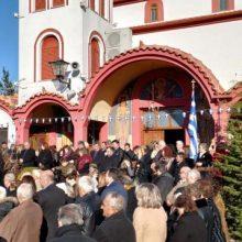 Ο παραδοσιακός κυκλικός χορός των Θεοφανείων 2020  στην Ενορία του Αγίου Διονυσίου εν Ολύμπω στο Βελβεντό (του παπαδάσκαλου Κωνσταντίνου Ι. Κώστα)