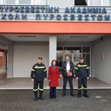 Συνάντηση της βουλευτή του ΣΥΡΙΖΑ Π.Ε. Κοζάνης Καλλιόπης Βέττα και του γραμματέα της Νομαρχιακής ΣΥΡΙΖΑ Π.Ε. Κοζάνης Κώστα Πασσαλίδη με τη διοίκηση της Πυροσβεστικής Σχολής Πτολεμαΐδας (Δελτίο τύπου)