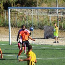"""kozan.gr: Μεγάλο διπλό της ΑΕ Ποντίων Κοζάνης, μέσα στην Κέρκυρα, με σκορ 0-1, απέναντι στο Θιναλιακό – Κρατά την πρωτιά, διευρύνοντας μάλιστα τη διαφορά της από τους """"διώκτες"""" της – Επιβλητική νίκη επί της Πρέβεζας με σκορ 4-1 από τον ο Μακεδονικό Φούφα"""