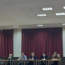kozan.gr: Ο Δήμαρχος Βοΐου, Χ. Ζευκλής, για πρώτη φορά, παραδέχτηκε δημόσια, πως υπάρχει επίσημη πρόταση από το Υπουργείο Προστασίας του Πολίτη για τη δημιουργία Προαναχωρητικού Κέντρου Κράτησης Αλλοδαπών, στα όρια του Δήμου Βοΐου, με επικρατέστερο σημείο δημιουργίας  μια περιοχή κοντά στο Παρόχθιο Βοΐου – Η Δομή θα φιλοξενεί 500 άτομα  και θα υπάρχουν ανταποδοτικά οφέλη για την τοπική κοινωνία (Βίντεο)
