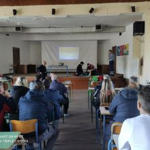 Οι διασώστες του ΕΚΑΒ Κοζάνης έκατσαν στα θρανία (Φωτογραφίες)